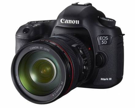 Canon EOS 5D Mark III + 24-70 mm